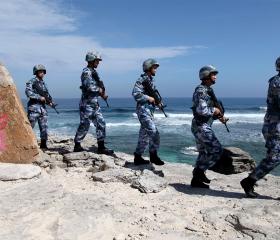 Фото: REUTERS/Stringer Морской патруль НОАК на острове Вуди, Парасельские острова