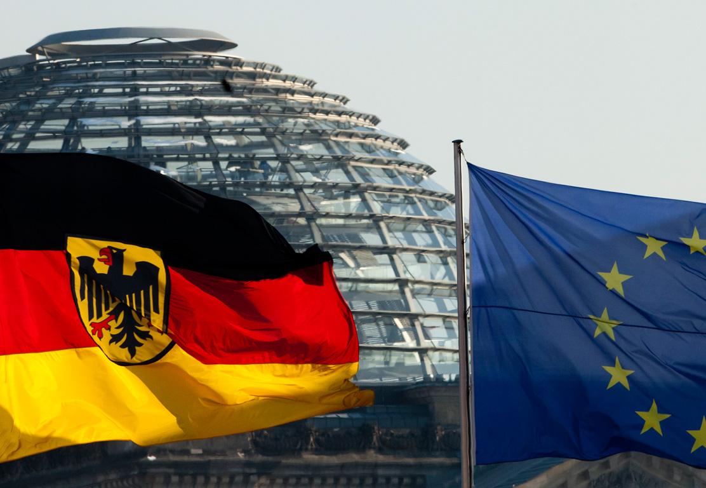 Вслед за Шенгеном может исчезнуть и евро