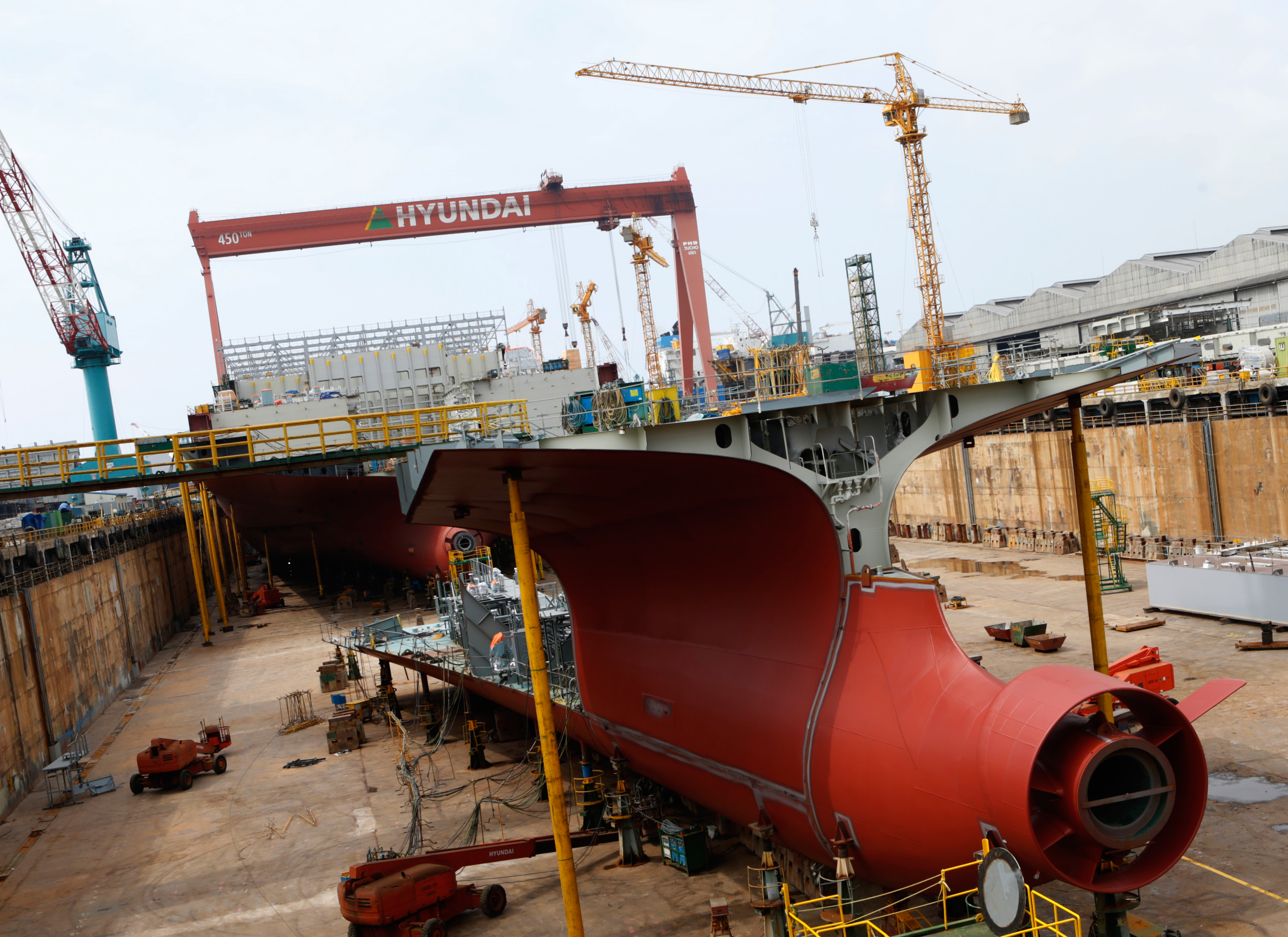 daewoo shipbuilding and machinery